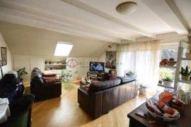 MANSARDA na Ksaveru 3.kat,3-s,135m2 i tearsa+garaža+PM, Zagreb, Appartement