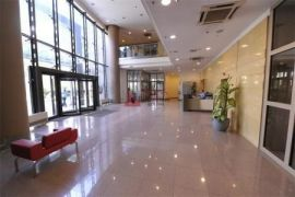 Ured u modernoj poslovnoj zgradi u Vukovarskoj 800 m2, Zagreb, العقارات التجارية