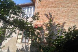 ATRAKTIVNO, POTENCIJAL kuća Nova ves 470 m2, za stanovanje ili posao, Zagreb, Haus