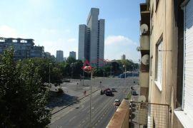 Savska kod križanja s Vukovarskom 3,5-s,91m2, 3.kat, moguće parkiranje, Zagreb, Stan