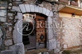 Lijepa kamena kuća s pogledom na jezero u Triblju, Vinodolska Općina, House