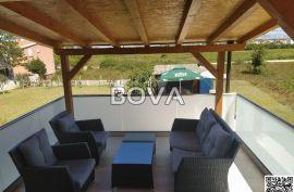Apartman 47 m2 u Vrsima, Zadar *300 m OD MORA*  (ID-1790), Nin, Stan