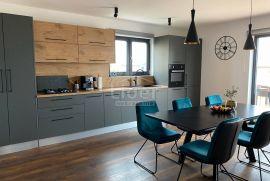 Nova moderna kuća sa 3 stana, Pula, Kuća