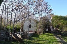 Mali Lošinj,Nerezine, katnica + apartman, 159 m2 (prodaja), Mali Lošinj, Casa