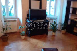 Prodaja stana u centru grada   5SKL 110 M2, Rijeka, Appartment