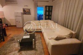 Krnjevo stan 86 m2,2S+DB,dva balkona,parking, Rijeka, شقة