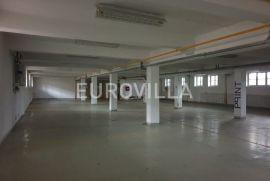 Skladište za zakup 300 m2 u poslovnoj zgradi, Zagreb, Коммерческая недвижимость