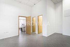 Svetice, uredski poslovni prostor NKP 65,70 m2, Zagreb, Ticari emlak