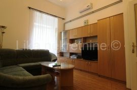 ZAGREB -Ribnjak - Jednoipolsobni stan - prizemlje - 36 m2, Zagreb, Wohnung
