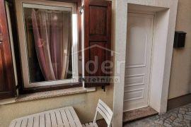 ZAMET, 1S+DB, 280 €/KN, Rijeka, Appartamento