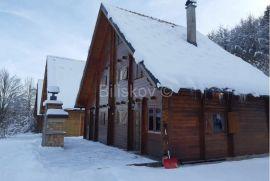 Bjelolasica, Jesenak, prekrasna drvena dvojna kuća,terasa, Ogulin, Kuća