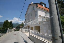 Šestine, 4s višeetažni stan sa vrtom , garažom i terasama, Zagreb, Appartamento