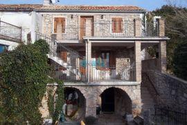Otok Krk, Šilo, okolica, vrhunsko adaptirana autohtona starina, Dobrinj, Casa