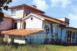 KRK, GOSTINJAC, SAMOSTOJEĆA VILA, 505 m2, 2000 okućnice, Krk, Kuća