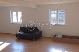 Prodaja nove samostjeće  kuće kraj Fužina  P+VP  166 m2 i 320 m2 okućnice, Fužine, Casa