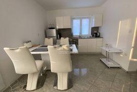 Srdoči, 1S+DB stan sa velikom terasom iznajmljujemo, Rijeka, Kвартира