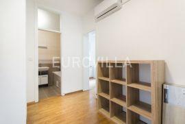 Markuševec, uređen peterosoban stan NKP 138,82 m2, Zagreb, Appartamento