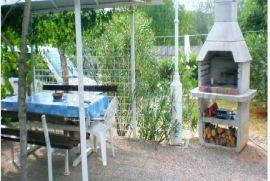 Rijetkost na tršištu!Mala kuća s pogledom na more,okolica Dobrinja,otok Krk!Prodaja nekretnina Krk!, Dobrinj, Σπίτι