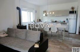 Dvojna kuća 90,66 m2 u Vrsima, Zadar *200 m OD PLAŽE* *PRILIKA*  (ID-1851), Nin, Kuća