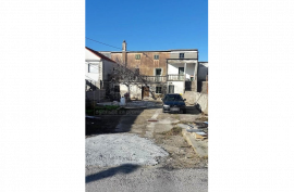 Stara kuća 223 m2 u Vrsima, Zadar *PRILIKA*  (ID-1722), Nin, Kuća