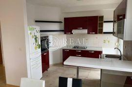 Stan u novijoj zgradi na prodaju 3S+DB  96M2, Rijeka, Flat