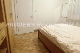 SENJAK, stan 3.0 66m2+26m2(T) RENOVIRAN, Savski Venac, Appartamento
