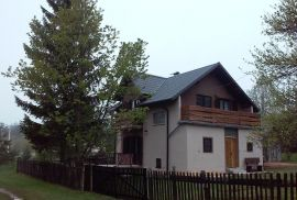 Iznajmljujem kuću u blizini Plitvičkih Jezera