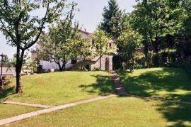 Kuća LOVRAN, 380m2, P+1+POTK, Lovran, Maison