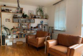 Zagreb, stan iznad Sv.Duha- 3 spavaće sobe + dnevni i kuhinj, Zagreb, Stan