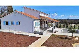 Kanfanar, Roži, nova kuća za odmor sa bazenom, Kanfanar, Ev