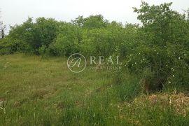Općina Bale, zemljište od 643 m2 za gradnju vile s bazenom, Bale, Tierra