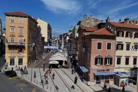Centar, 2s+db, pogled na Korzo, najam, Rijeka, شقة