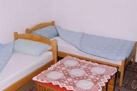 Izdajem sobe blizu Drine