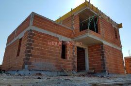 Fažana, Galižana prodaja, nova kuća u izgradnji, Fažana, Haus