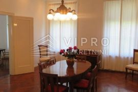 Zrinjevac, luksuzan, 5-soban, 3.kat, 180m2, Zagreb, Apartamento