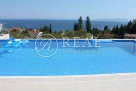 Predivna ekskluzivna vila sa bazenom ,900 m2,okućnica bazen, Opatija - Okolica, Kuća