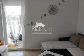 Istra, Fažana, okolica, apartman 62m2, 2SS, parking, namješteno!!, Fažana, Flat