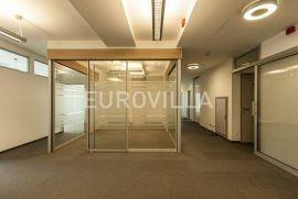 Trnje, poslovni prostor za zakup 300 m2 u poslovnoj zgradi novije gradnje, Zagreb, Propriété commerciale