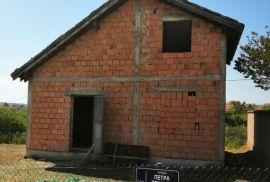 Kuca u Zelezniku, Čukarica, Kuća