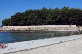 Građevinsko zemljište 17000 m2 na Viru, Zadar *PRVI RED DO MORA*, Vir, Zemljište