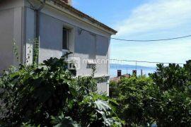 Rijeka, Vojak, 3-sobni stan s garažom i okućnicom u najljepšoj ulici u gradu, Rijeka, Daire