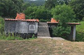 Rukavac, započeta gradnja kuće, Matulji, Kuća