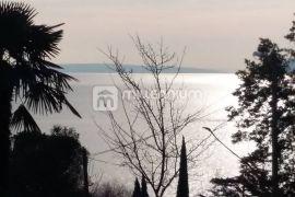 Lovran, samostojeća kuća 150m od mora, Lovran, Maison