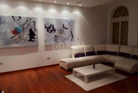 Ekskluzivan stan za prodaju u Opatiji  2S+DB  117m2, Opatija, Flat
