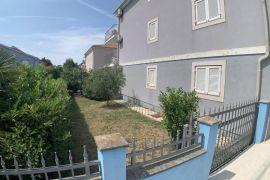 Stan s vrtom u Karigadoru, Brtonigla, Wohnung