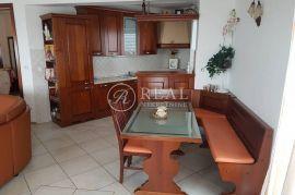 Dvoetažni stan na odličnoj poziciji na Krimeji, 160 m2 4S+DBb, Rijeka, Διαμέρισμα