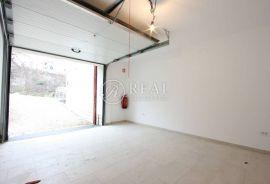 Prodaja garaže na Kastvu-Brestovice 36m2, Kastav, كراج