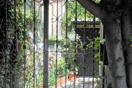 KOSTRENA Kuća u nizu s dvorištem i vrtom, Kostrena, Famiglia