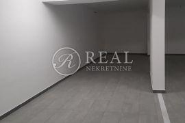 Donja Drenova , 3S+DB sa garažnim i dva vanjska parkirna mjesta, dvije terase te pripadajućom prostorijom u podrumu zgrade, Rijeka, Daire