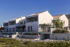 Novogradnja Cres 129 m2,3S+DB,balkon pogled na more, Cres, Διαμέρισμα
